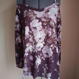 ODDI/ ODDY NWT Plum Floral Cold Shoulder
